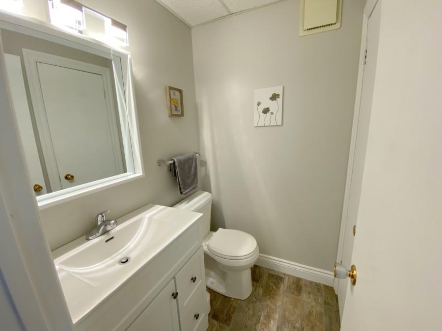 Bathroom - En Suite - Lower Level