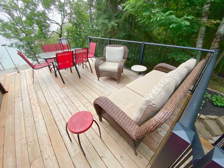 Deck - Lakeview