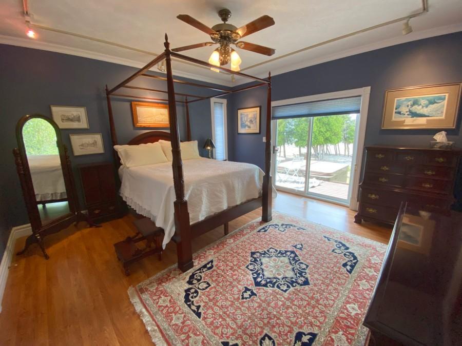 Bedroom 1 - with En-Suite
