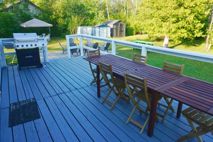 Deck - Yardside