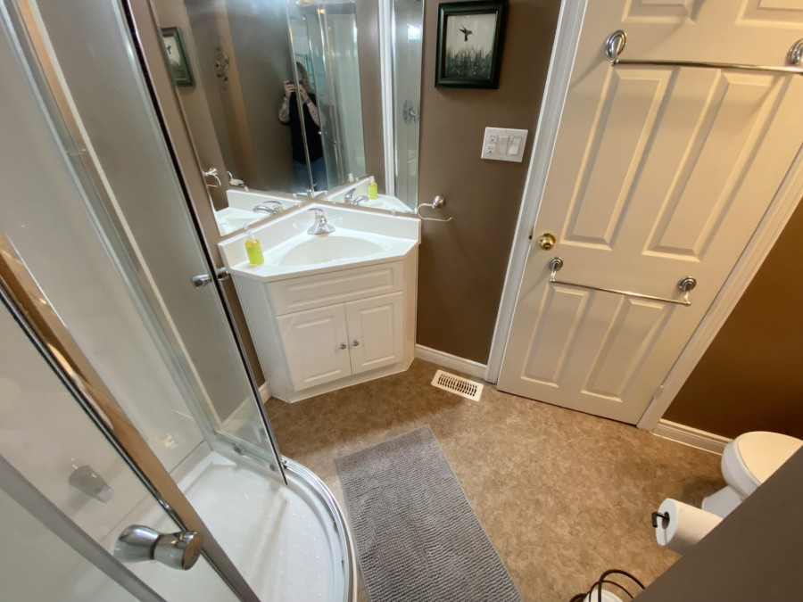 Bathroom 1 - Main Level