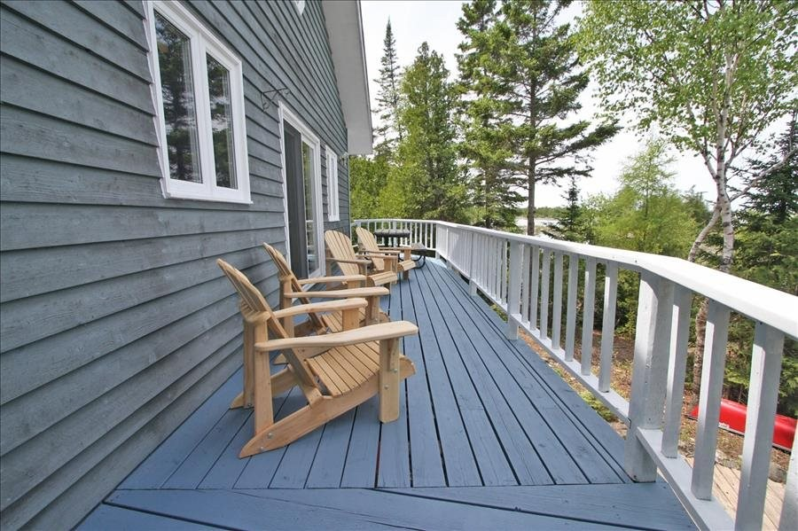 Lakeview Deck