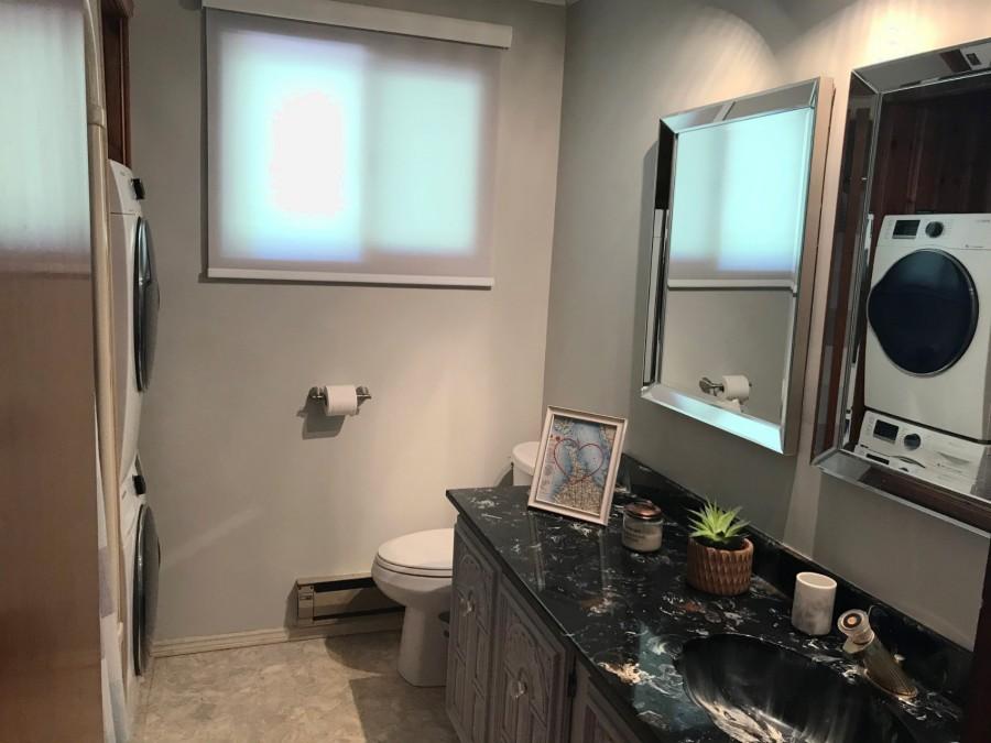 Bathroom - Main Level