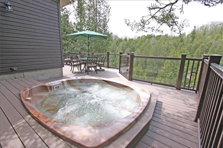 Rentals with Hot Tubs